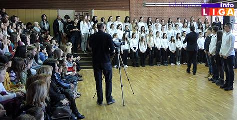 IL-OS-Sv.Sava-Hor Školska slava Sveti Sava (VIDEO)