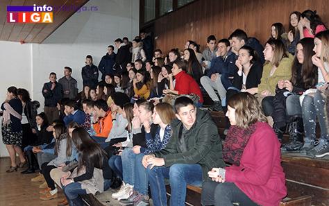 IL-gimnazija-SvSava-publika Školska slava Sveti Sava (VIDEO)