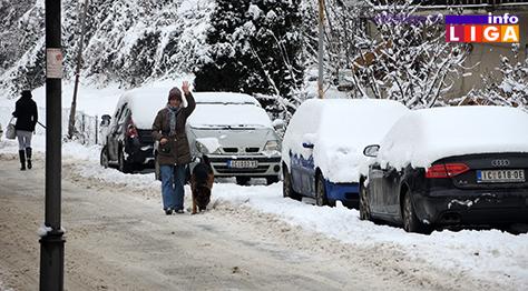 IL-sneg16-7 Zima u Ivanjici u slici i reči