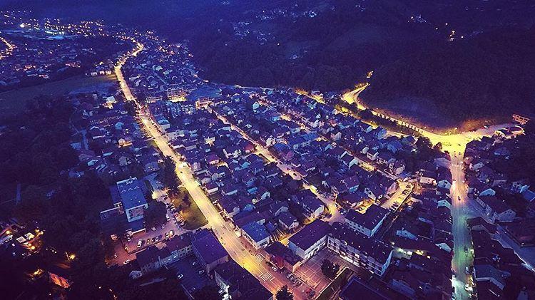 Ivanjica-nocu Dronom iz vazduha do izuzetnih fotografija