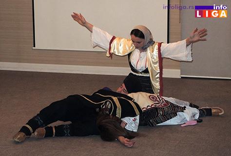 IL-vece-foklora-kosovka-devojka Negovanje tradicije kroz igru i pesmu (VIDEO)