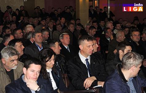 IL-ministar-poljoprivrede-u-ivanjici-2 Nedimović: Zaštitićemo malinu i boriti se kvalitetom na tržistu