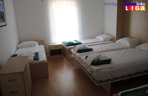 IL-otvaranje-dom-trubaca-soba Otvoren Dom trubača u Guči