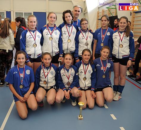 IL-Mladje-pinirke-prvo-mesto-OK-Buducnost-NEC-Arilje Preko 200 devojčica učestvovalo na Vaskršnjem odbojkaškom turniru