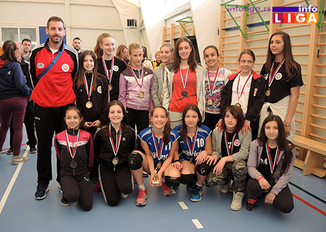 IL-Mladje-pionirke-fer-plej-OK-Stars-Pozega Preko 200 devojčica učestvovalo na Vaskršnjem odbojkaškom turniru