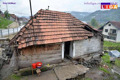 IL-jovicinac-kuca-stara-2 Humani sveštenik i komšije grade kuću porodici Jovičinac
