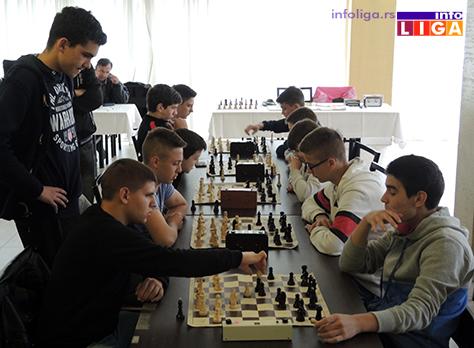 IL-turnir-sah-vaskrs-decaci2 Vaskršnji turnir u šahu okupio oko 30 učesnika