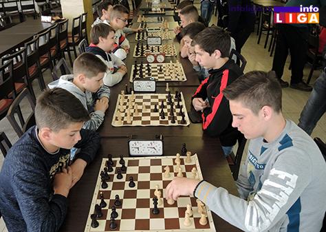 IL-turnir-sah-vaskrs-secaci Vaskršnji turnir u šahu okupio oko 30 učesnika