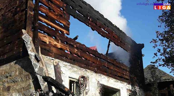Od udara groma izgorela kuća i 15.000 evra