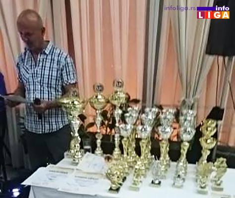 IL-unija-prosvetara-pehari Završeni susreti Unije sindikata prosvetara u Ivanjici