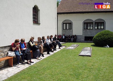 IL-crkva-rucak3 Položeni venci na spomen obeležje poginulim vojnicima i policajcima