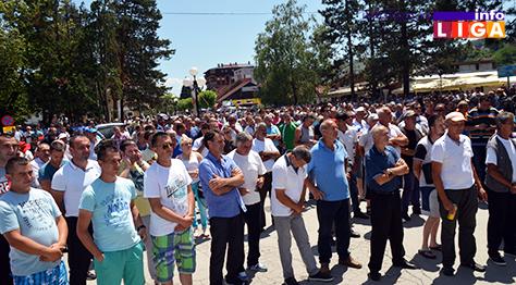 IL-protest-malinara-2 Zahtev malinara je cena 1,83 evra ili 7.jula blokiraju sve hladnjače u Srbiji