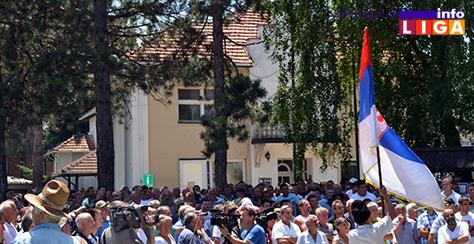 IL-protest-malinara-3 Zahtev malinara je cena 1,83 evra ili 7.jula blokiraju sve hladnjače u Srbiji