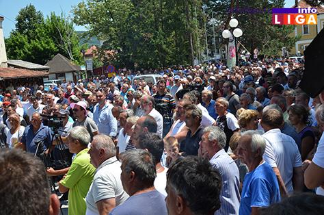 IL-protest-malinara-4 Zahtev malinara je cena 1,83 evra ili 7.jula blokiraju sve hladnjače u Srbiji