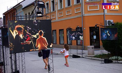 IL-arlemm-izlozba-ivanjica3 ARLEMM - Umetnički karavan u centru Ivanjice
