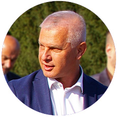 "IL-goran-puzovic Premijerka i ministar odbrane u poseti preduzeću ""Milan Blagojević"" Lučani"