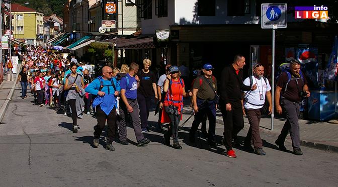 """Stotine učesnika akcije """"Dan pešačenja u Ivanjici"""""""