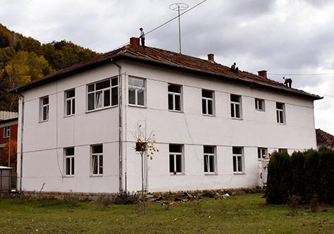 IL-dz-prepokrivanje4 Novi krovovi na objektima Doma zdravlja u Ivanjici
