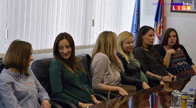 Radna mesta za osam trudnica