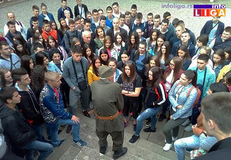 IL-zejtinlik-gimnazijalci2 Ivanjički gimnazijalci prisustvovali javnom času na Zejtinliku