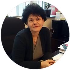 IL-knjige-direktor-Mirjana-Špehar Beogradska škola darovala knjige za decu iz Ivanjice