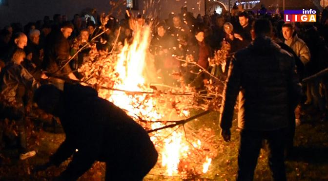 Badnje veče u ivanjičkoj i priličkoj crkvi (VIDEO)