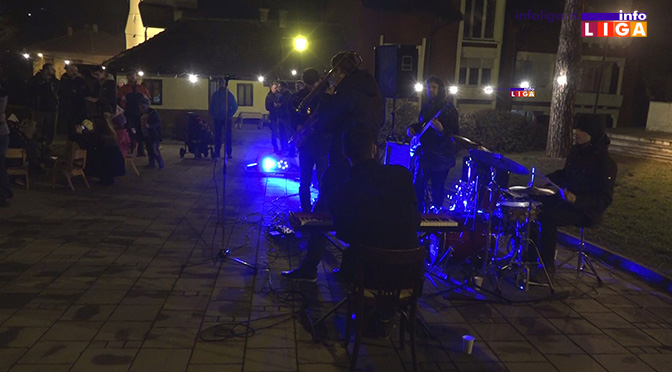Praznično druženje i poklon koncert benda Funktastic Coalition (VIDEO)