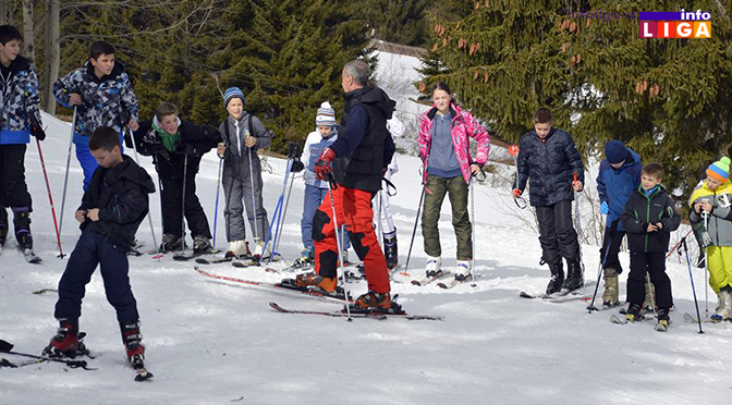 Skijanje na Goliji u punom jeku