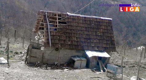 IL-nevreme-vetar-oluja-objekti Jezivo u ivanjičkim selima - Olujni vetar otkrivao krovove, nosio plastenike