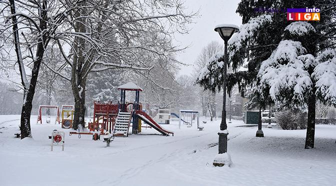 Sneg i led stvaraju probleme na području Ivanjice (VIDEO)