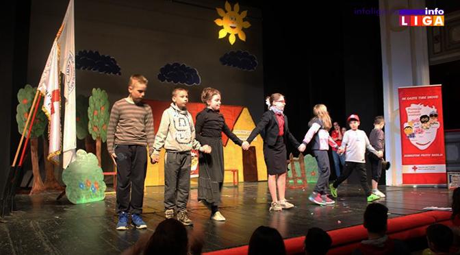 Crveni krst Ivanjica učestvovao na pozorišnom festivalu u Zrenjaninu
