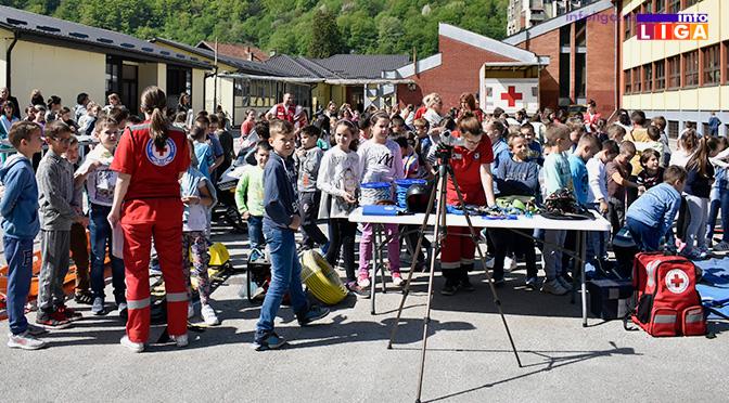 Lokalno takmičenje trećaka u organizaciji Crvenog krsta (VIDEO)