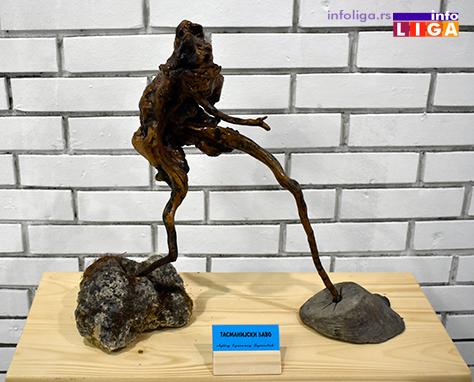 IL-izlozba-djukanovic-3 Nesvakidašnje skulpture u ivanjičkom Domu kulture