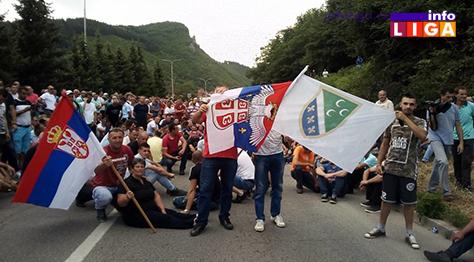 IL-protest-malinari-prijepolje2 Malinari u Prijepolju na protestu i tokom noći