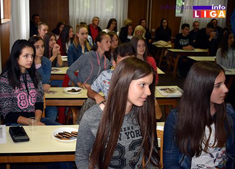 IL-vukovci2 Lokalna samouprava nagradila najbolje učenike