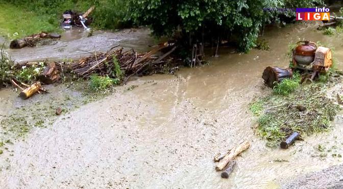 U Devićima, Ostatiji i Brusniku voda nosila sve pred sobom (FOTO)