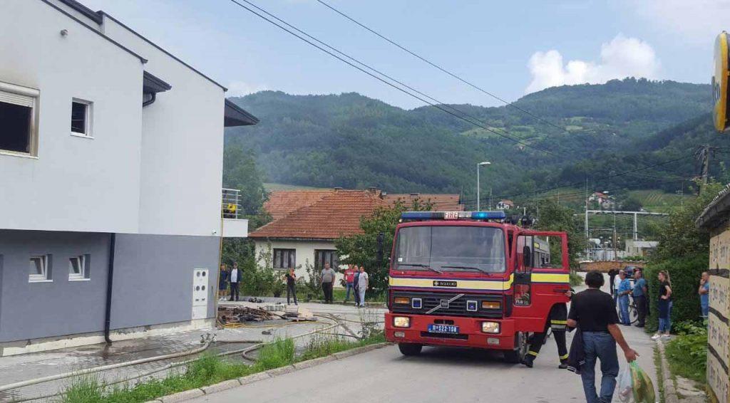 il-pozar-senjak-1024x566 Požar u ivanjičkom naselju Senjak