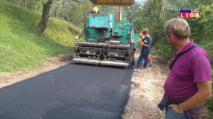 IL-asfaltiranje-dragicevic2 Dragićevići konačno dobili asfaltni put