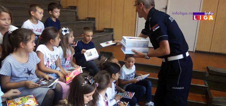 """IL-bezbednost-u-saobracaju Crveni krst i policija u akciji """"Zaštitimo decu u saobraćaju"""""""
