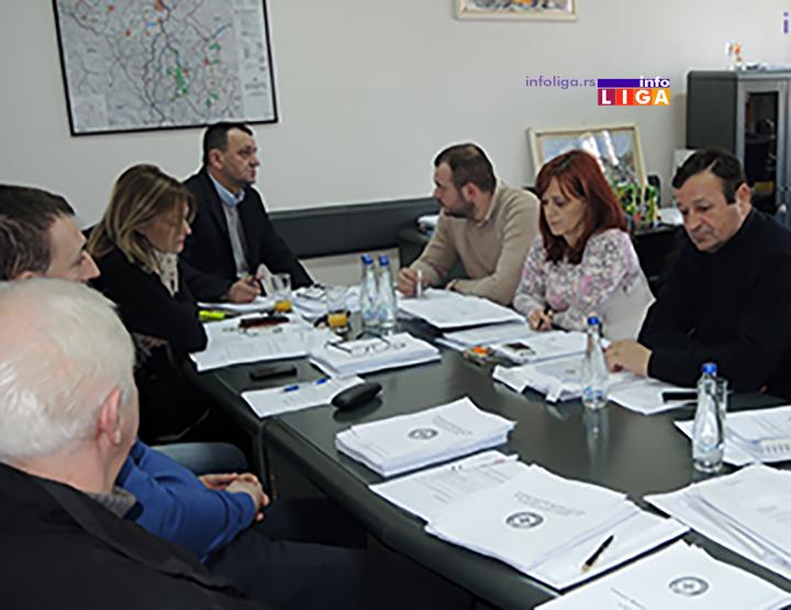 IL-Opstinsko-Vece-e Odluke Opštinskog veća čekaju zeleno svetlo lokalnog parlamenta