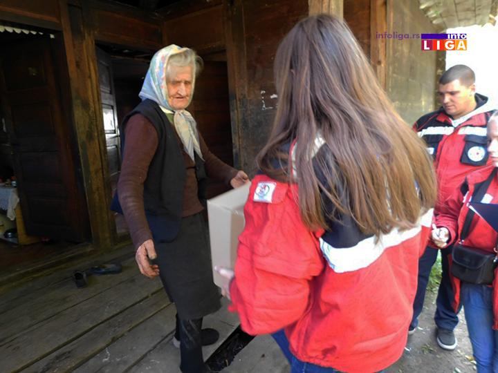 IL-paket-crveni-krst-ruralno-podrucje-2 Paketi i pomoć starijim osobama sa ruralnog područja opštine Ivanjica