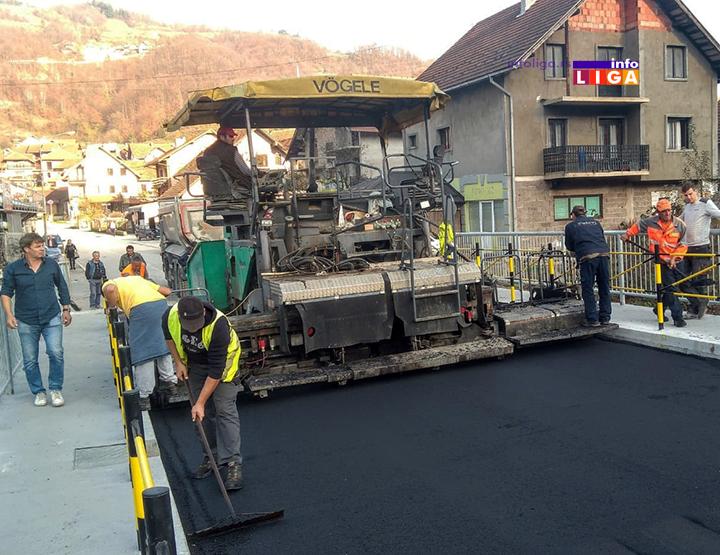 IL-most-crnjevo-asfalt2 Asfaltiran rekonstruisani Crnjevski most, uskoro otvaranje