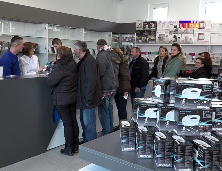 IL-spektar-salon-open3 Ovako je bilo na otvaranju Salona tehnike ''SPEKTAR'' na Senjaku (VIDEO)