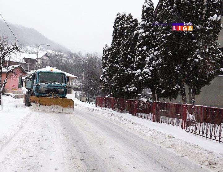 Il-ivanjica-sneg-cistac Svi putevi u ivanjičkoj opštini prohodni (VIDEO)