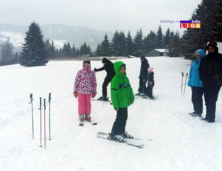 IL-golija-skijanje-2019 Počela skijaška sezona na Goliji - turisti skijaju i na Kušićima