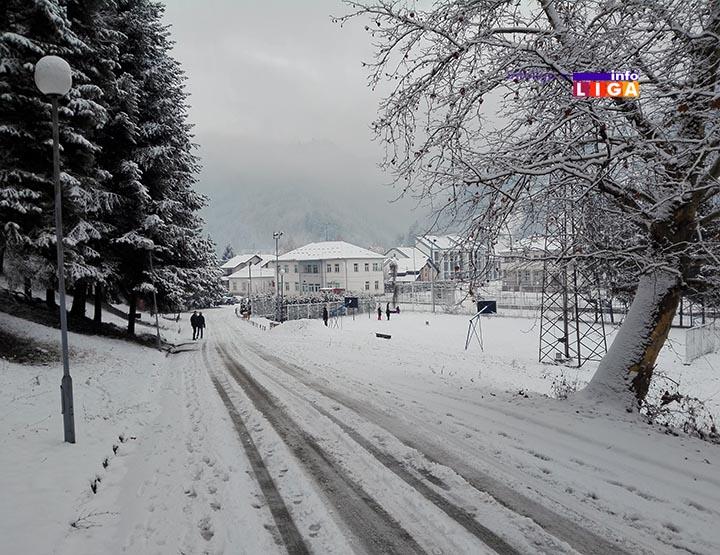 IL-sneg-ivanjica-anemija Sneg u višim predelima pola metra, održavanje puteva po prioritetima