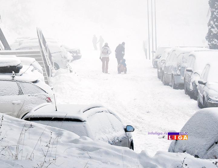 IL-sneg-vanredna-situacija U Lučanima proglašena vanredna situacija