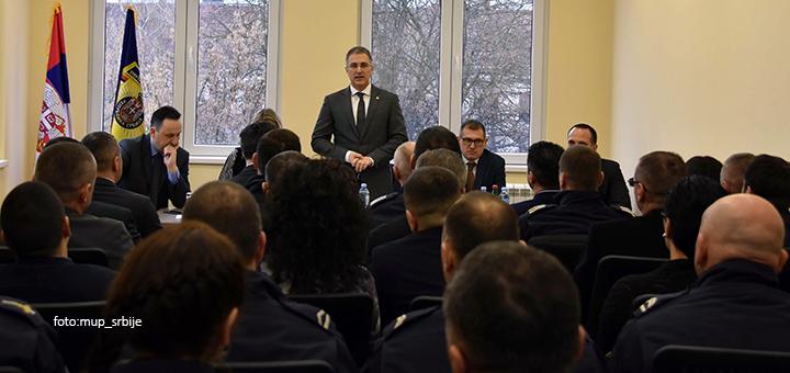 IL-mup-stefanovic-nova-zgrada2 Ministar Stefanović otvorio novu zgradu PU u Čačku