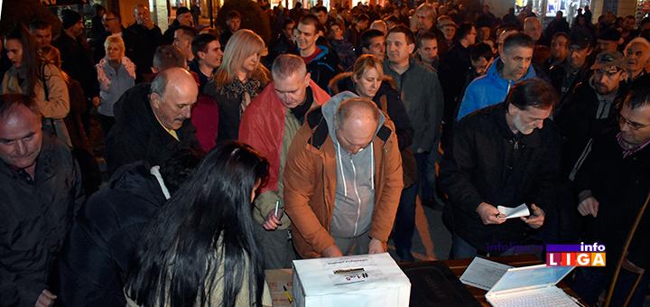 IL-sporazum-s-narodom-potpisivanje Građani potpisivali ''Sporazum sa narodom'' na trećem protestu #1od5miliona u Ivanjici