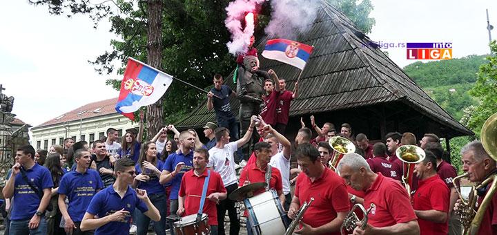 IL-maturanti-tehnicka-2019 Maturanti Tehničke škole slavili uz trubače ispred Čiča Draže i spomenika Revolucije (VIDEO)